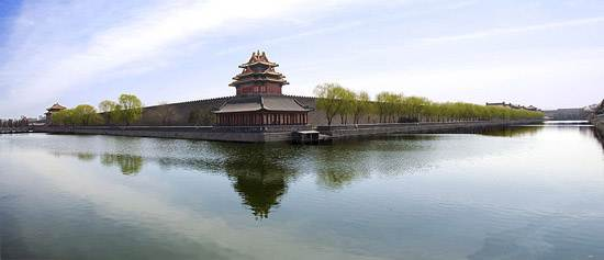 800px-Northwest_cornor_of_the_Forbidden_City