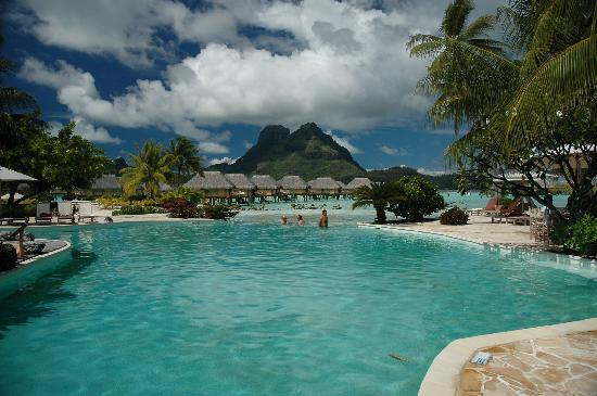 bora-bora-islands-pacific-ocean-6