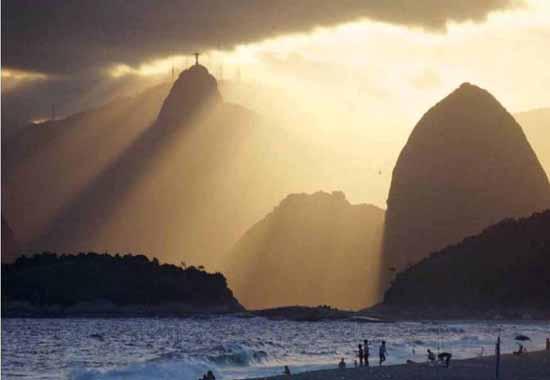 brazil-christ-the-redeemer-statue-11