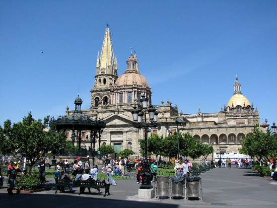 mexico-guadalajara-the-pearl-of-the-west-12