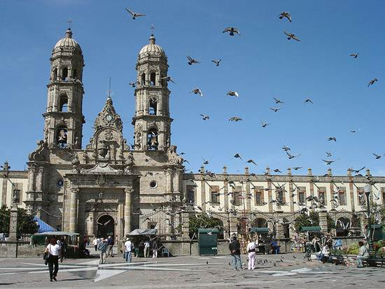 mexico-guadalajara-the-pearl-of-the-west-6