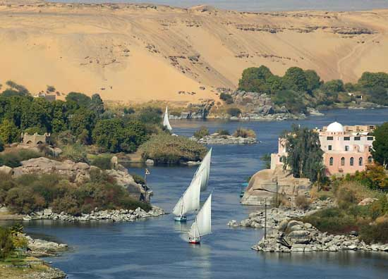 nile-from-above-narrow-angle