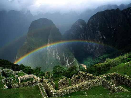 cuzco-machupicchu-incas-ruins-peru-pariwana-hostel