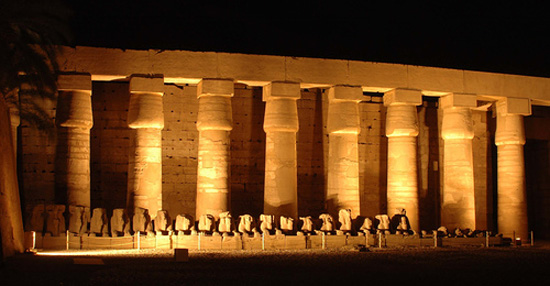 karnak_temple_night