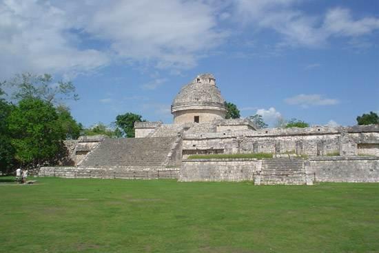 ruins-from-chichen-itza