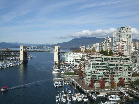 Traveling To Canada Vancouver Family To Family Holidays On The Internet
