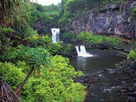 7_pools_of_oheo_maui_hawaii