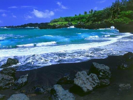 black-beach_-maui_-hawaii