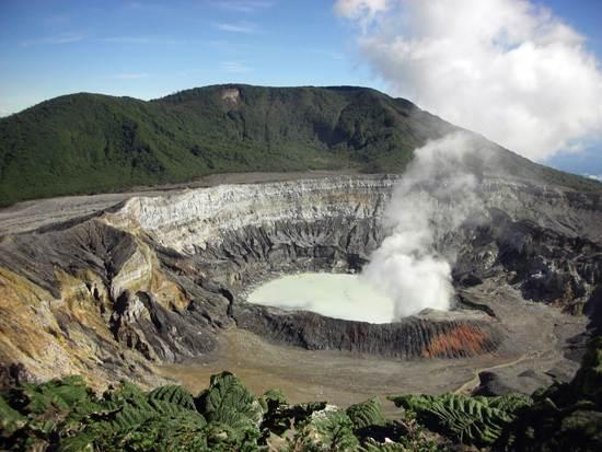 costa-rica-greenest-country-1