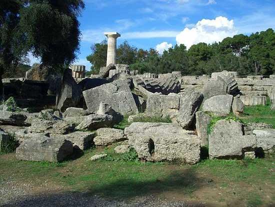 greek-islands-statue-of-zeus-olympia-12