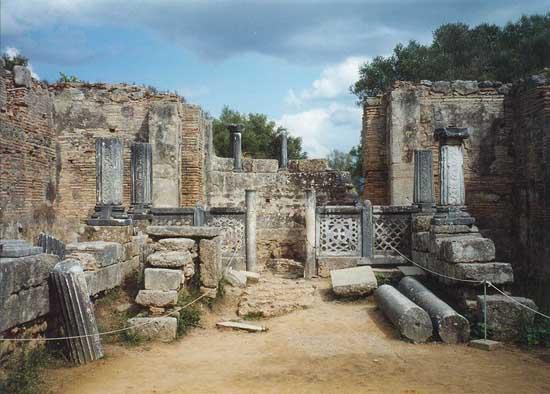 greek-islands-statue-of-zeus-olympia-5