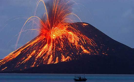 indonesia-krakatoa-1