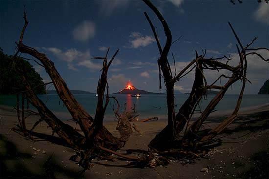 indonesia-krakatoa-5