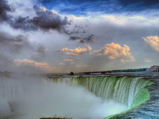 niagara-falls-a-natural-wonder-13