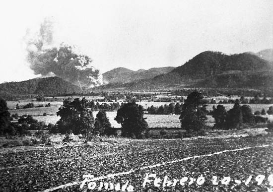 the eruption of paricutin in the mexican volcanic belt Volcano eruption events in mexico 2016 in mexican history include the 1953 paricutin eruption in eastern part of the trans-mexican volcanic belt.