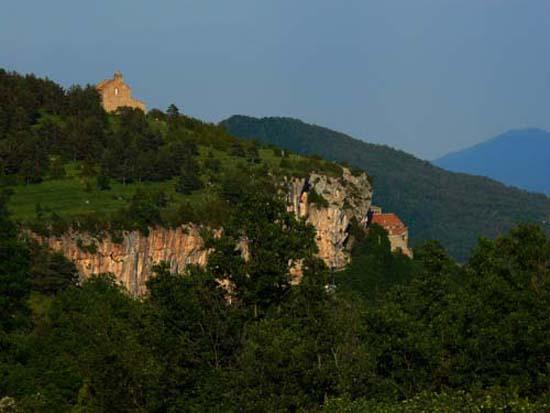 pyrenees-mountain-11