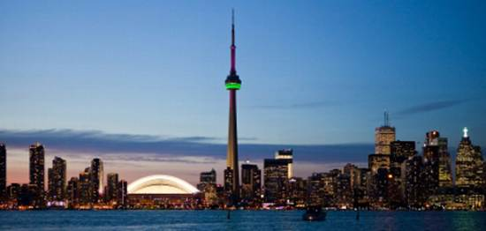 toronto-canada-the-cn-tower-1
