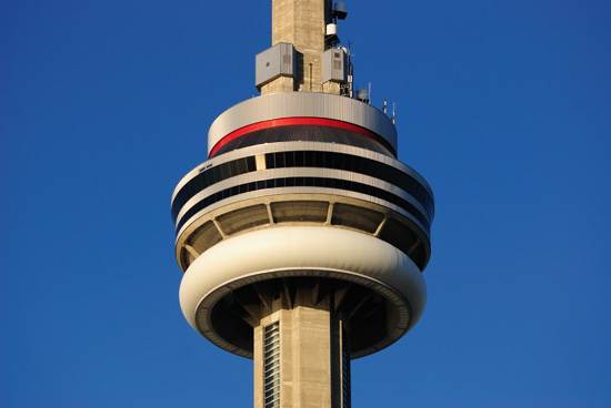 toronto-canada-the-cn-tower-3