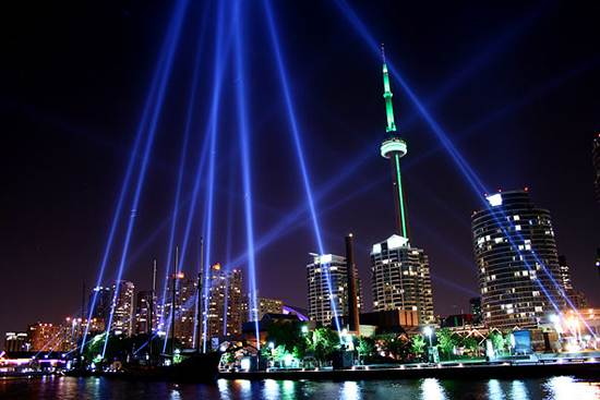 toronto-canada-the-cn-tower-9
