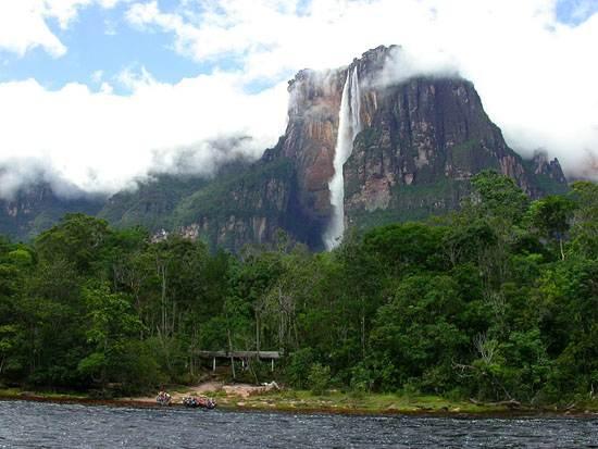 venezuela-the-worlds-highest-waterfall-10