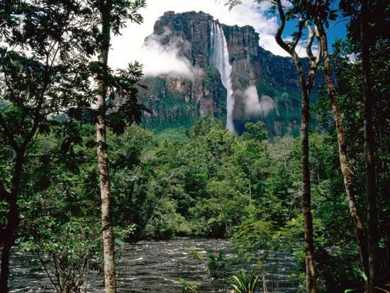 venezuela-the-worlds-highest-waterfall-12
