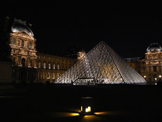 pyramides_louvres_2