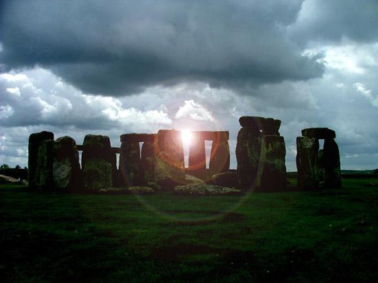 Traveling to England Wiltshire Stonehenge - family holiday ...