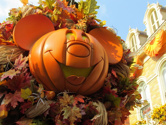 Mickey s Not-So-Scary Halloween Party Disneyland Paris France ...