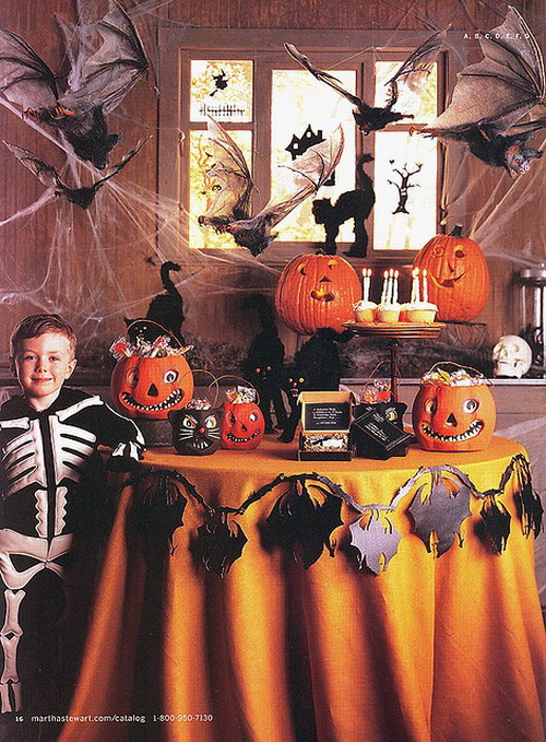 related posts halloween party decoration ideas - Halloween Table Decorating Ideas