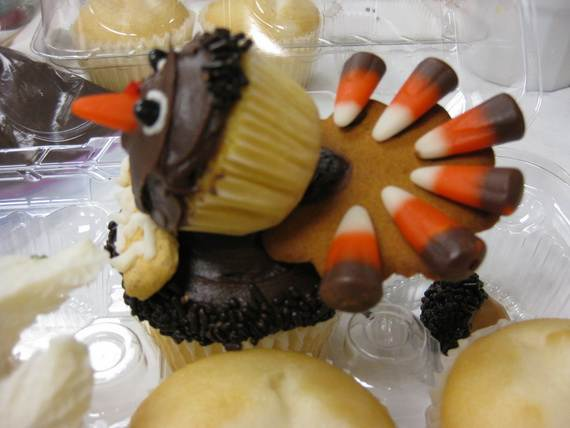 Easy thanksgiving cupcake decorating ideas family for Decoration thesaurus