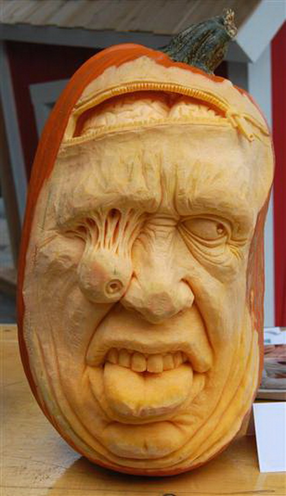 Ray villafane and his halloween holiday family holiday for Extreme pumpkin carving templates