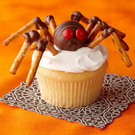 baseball-cupcake-recipe-photo-420-0396-FF03125Xa