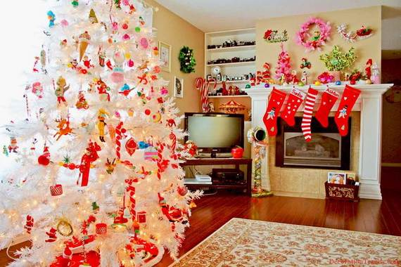 Beautiful Christmas Holiday Tree Decorating Inspirations (5)