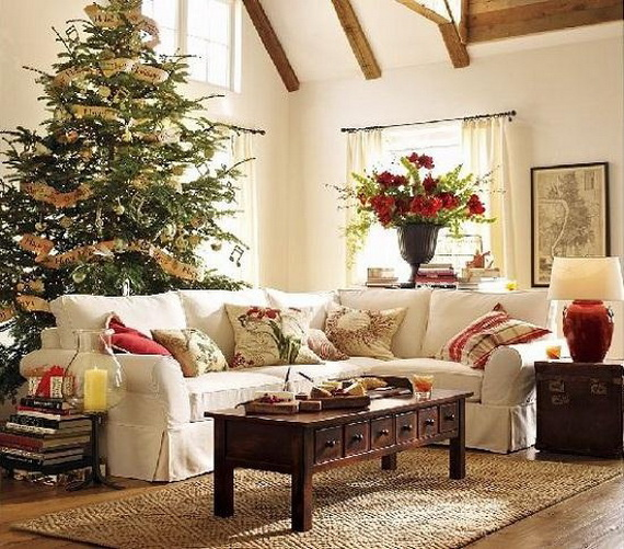 Beautiful Christmas Tree Decorating Ideas for A Holiday Tradition_16
