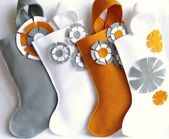 Elegant-Christmas-Stockings-Holiday-Crafts_16
