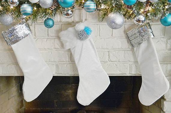 Elegant-Christmas-Stockings-Holiday-Crafts_26