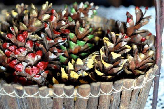 painted-pine-cone-crafts-for-thanksgiving-holiday-10