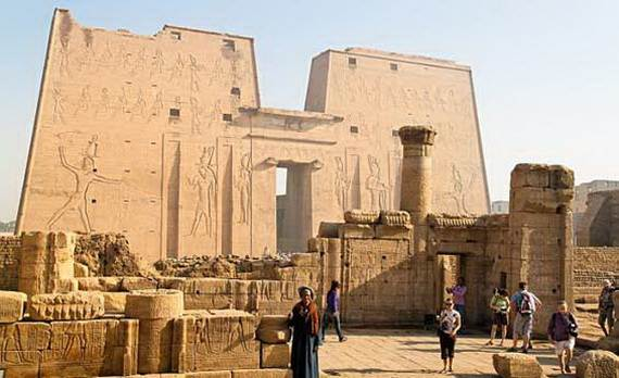Christmas-Holidays-in-Egypt_02