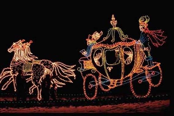 Fantastic-Christmas-Holiday-Lights-Display_02