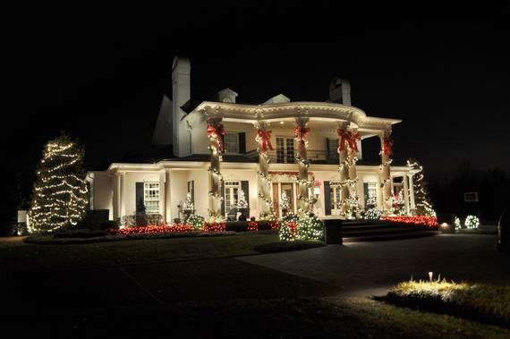 Fantastic-Christmas-Holiday-Lights-Display_44