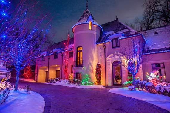 Fantastic-Christmas-Holiday-Lights-Display_56