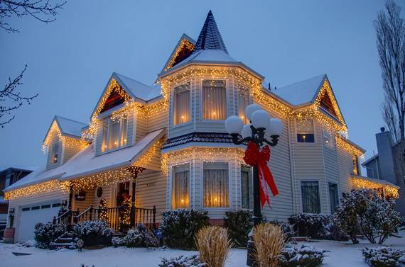 Fantastic-Christmas-Holiday-Lights-Display_59
