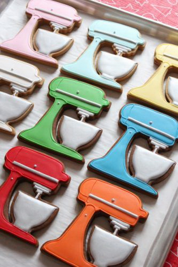 Iced, Decorated, and Shaped Cookies for Holidays_31