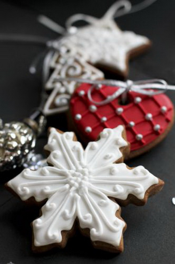 Iced, Decorated, and Shaped Cookies for Holidays_43