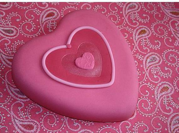 Valentines Day Cake Decorating Ideas - family holiday.net/guide to family holidays on the internet