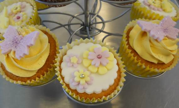 Cupcake-Decorating-Ideas-For-Mom-On-Mothers-Day-_01