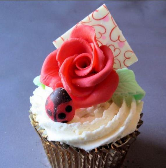 Cupcake-Decorating-Ideas-On-Mothers-Day_17