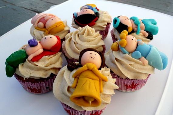 Holiday Fun Cute Disney Cake and
