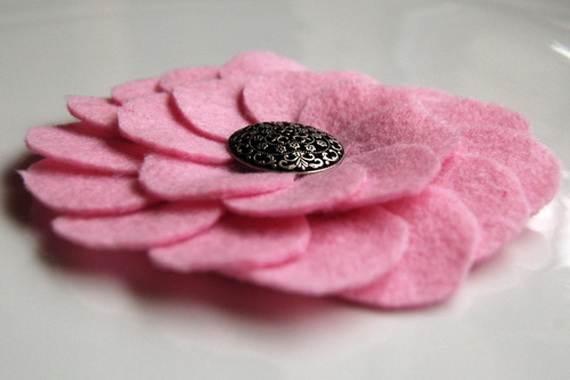 Homemade-Mothers-Day-Ideas-Spring-felt-craft-flower-_16