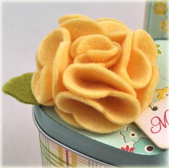 Homemade-Mothers-Day-Ideas-Spring-felt-craft-flower-_22